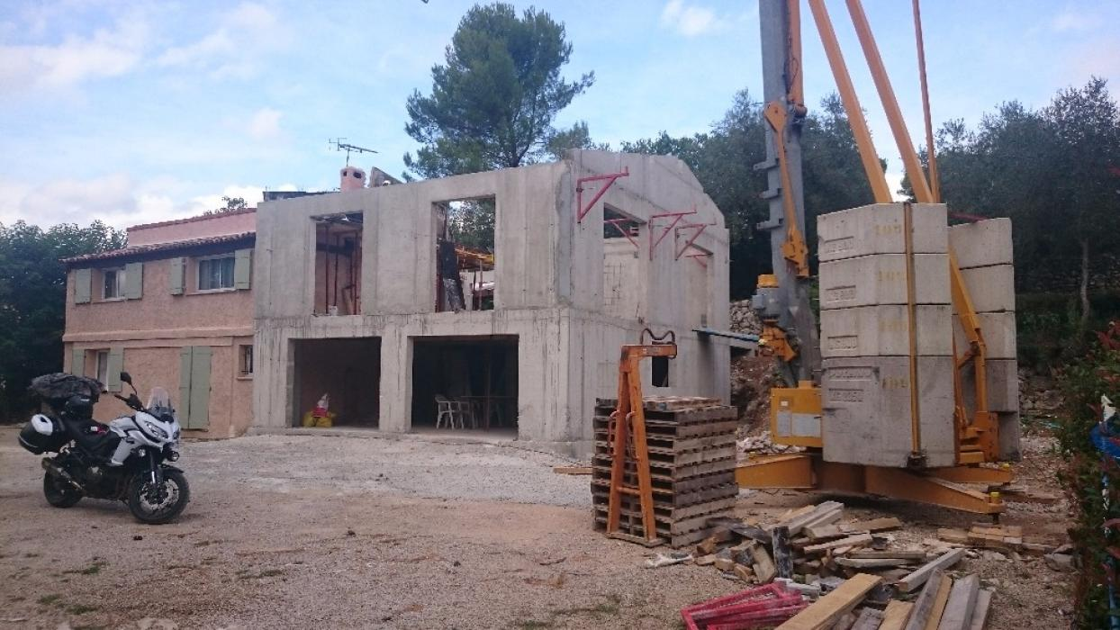Construction d 39 une maison rt 2012 grasse p gomas for Construction maison rt 2012 prix