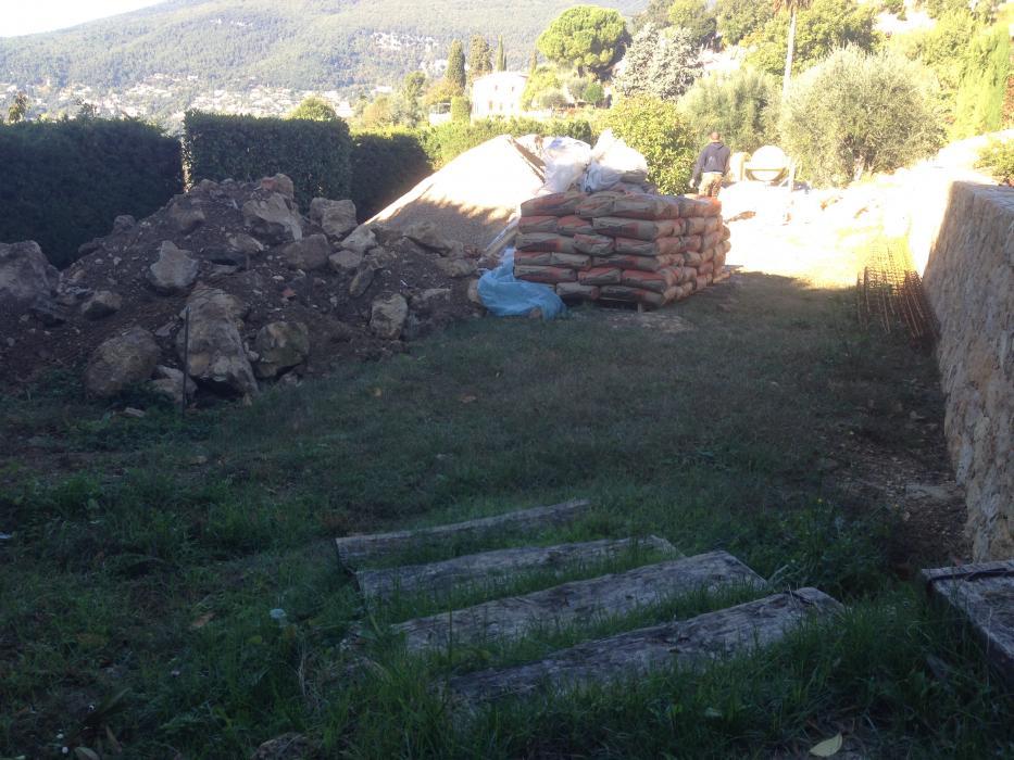 Construction d une Piscine Carrelée Chateauneuf de Grasse ... 48ffec6be76a